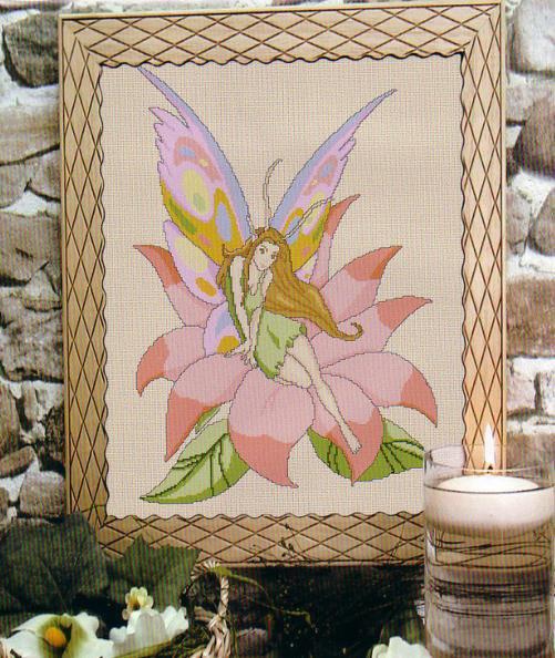 Описание нежная вышивка феи на цветке