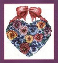 Цветочное сердце с бантом