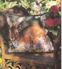 Подушка с зайцем