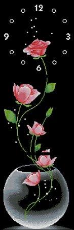 Часы с розами на черной канве